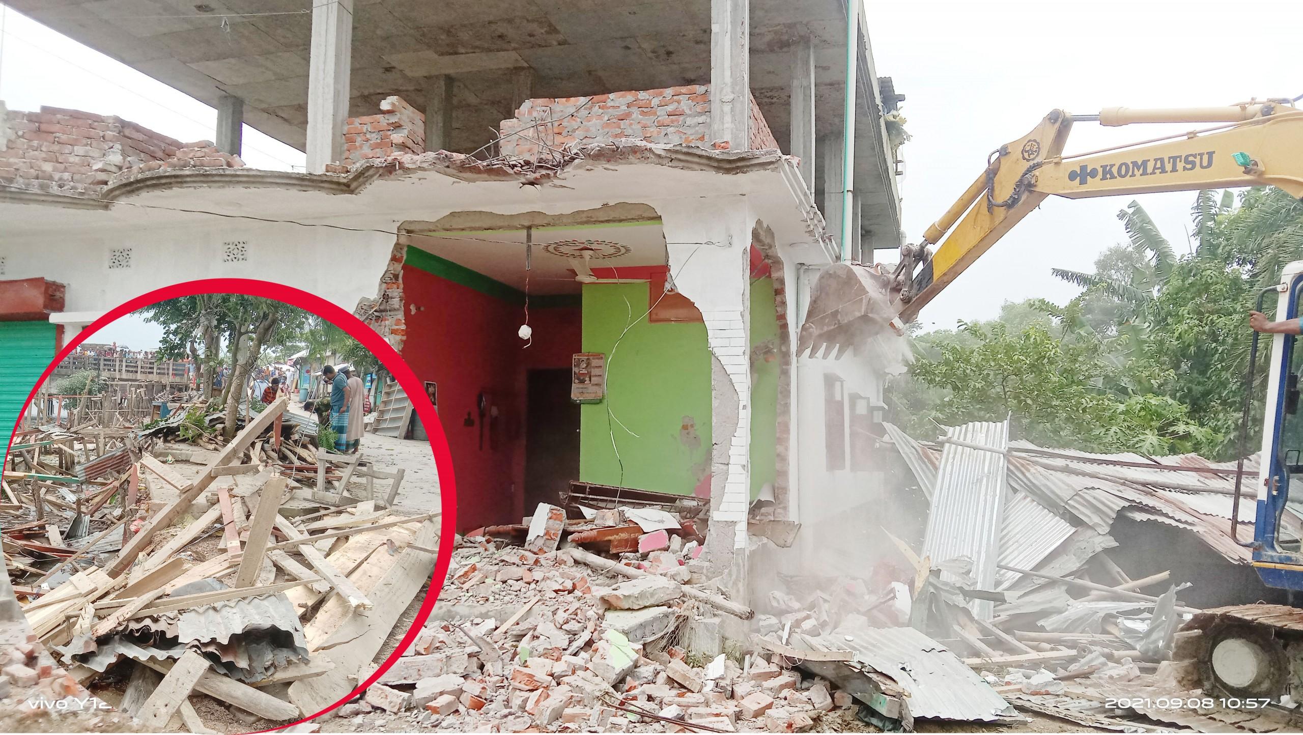 বরগুনার তালতলীতে ১২৩টি অবৈধ স্থাপনা উচ্ছেদ